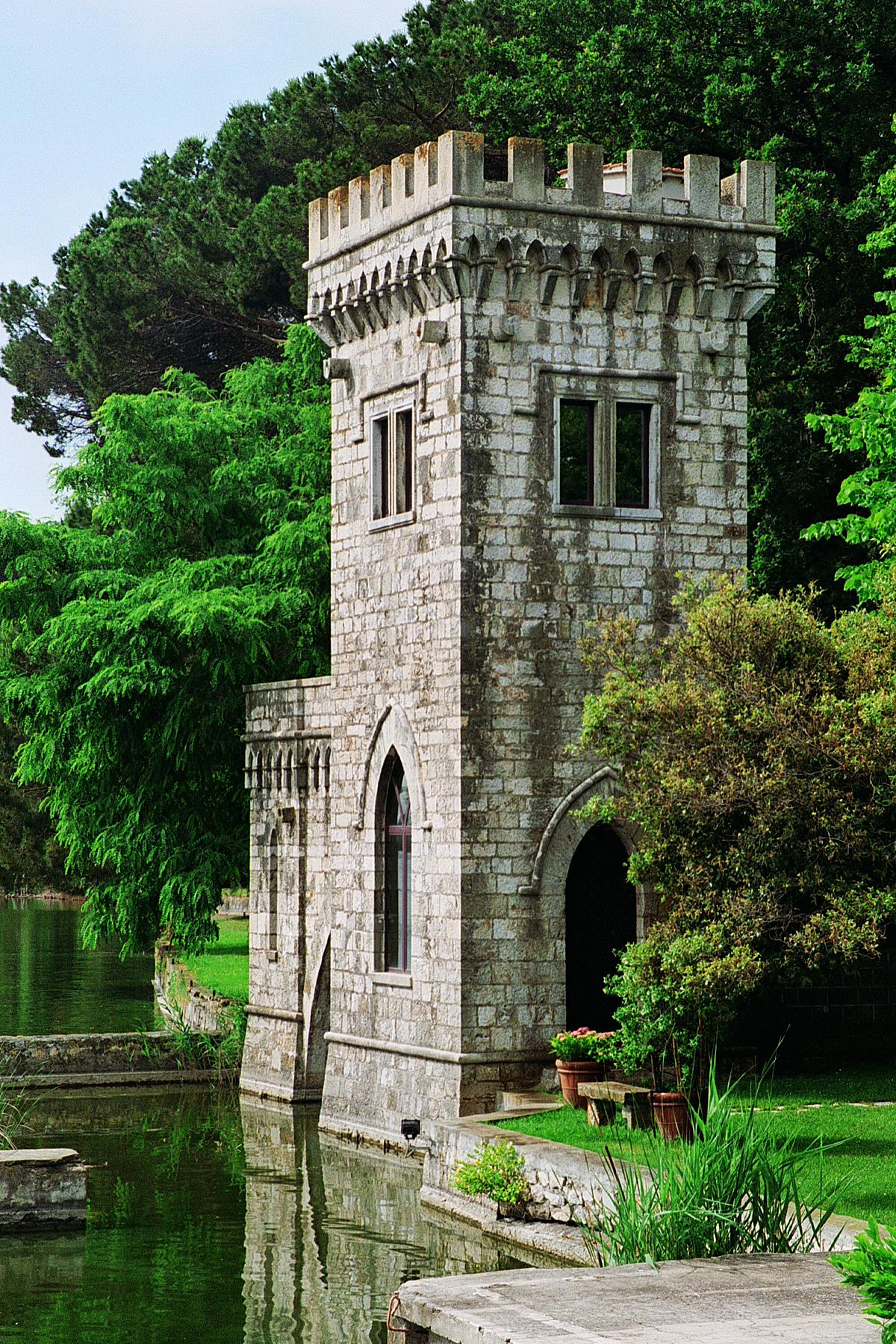 Giacomo puccini e torre del lago un amore durato decenni for Planimetrie della piccola casa sul lago